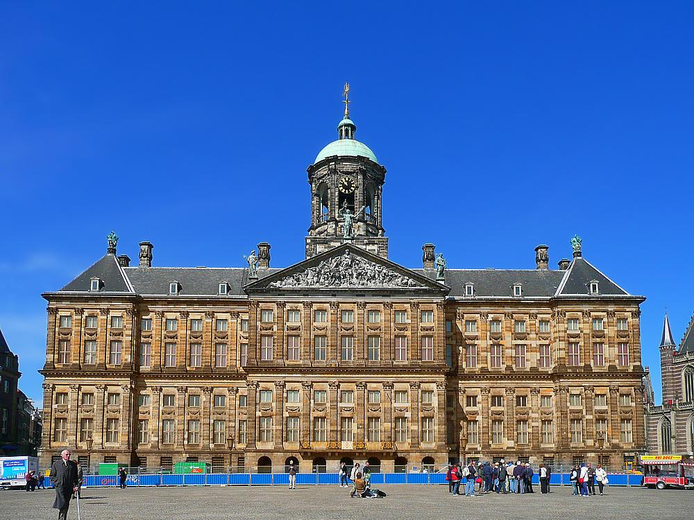 Kết quả hình ảnh cho Cung điện Hoàng gia Hà Lan