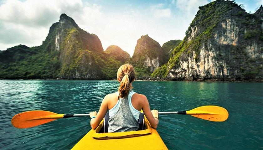 Trải nghiệm trèo thuyền kayak