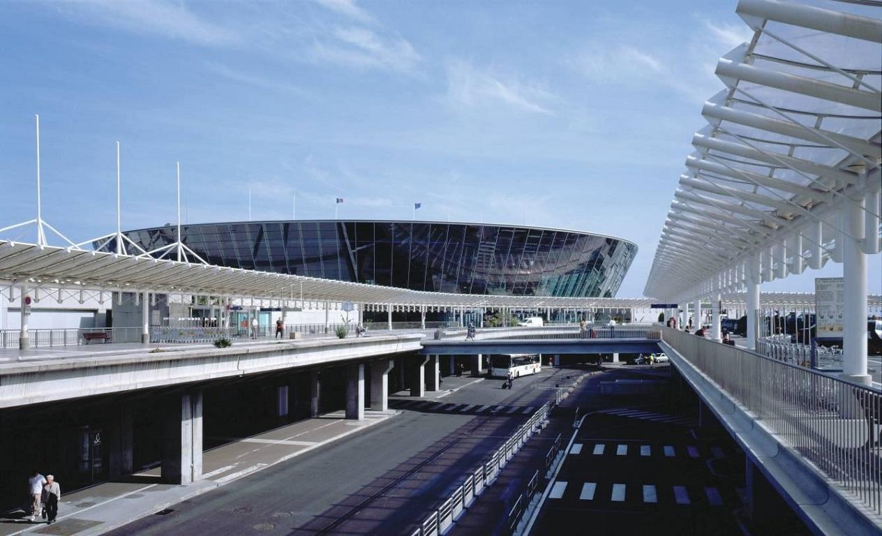 Sân bay Côte d'Azur