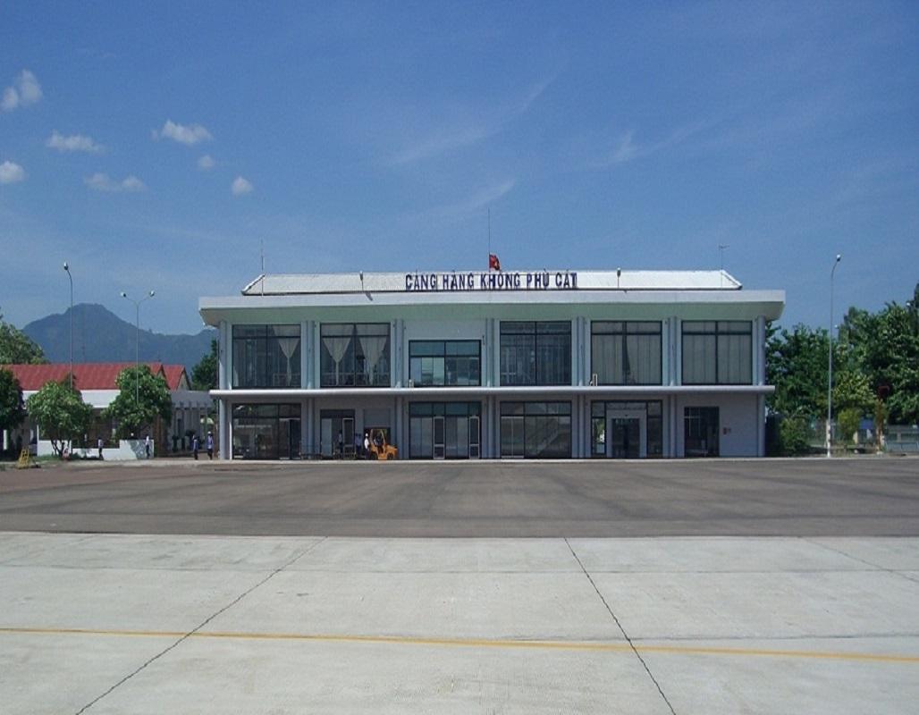 Sân bay Phú Cát
