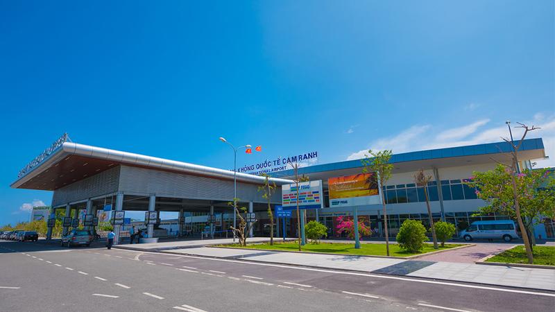 Sân bay quốc tế Cam Ranh (Khánh Hòa)