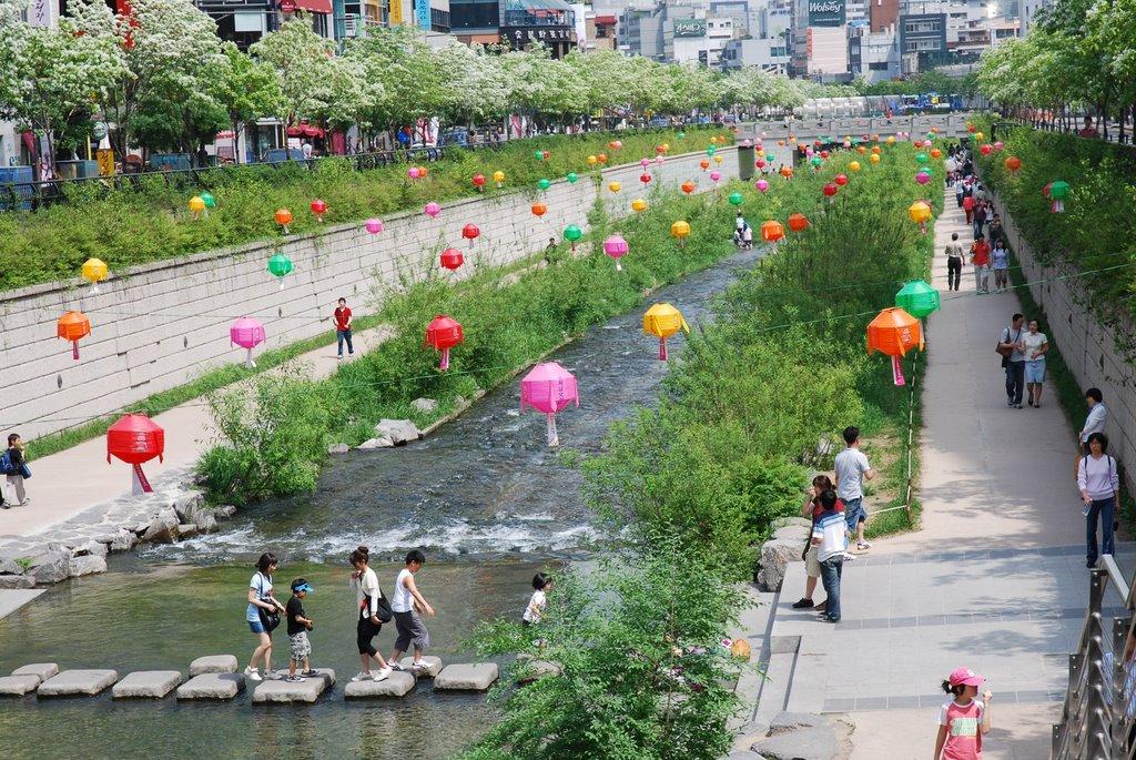 Kết quả hình ảnh cho Suối Cheonggyecheon
