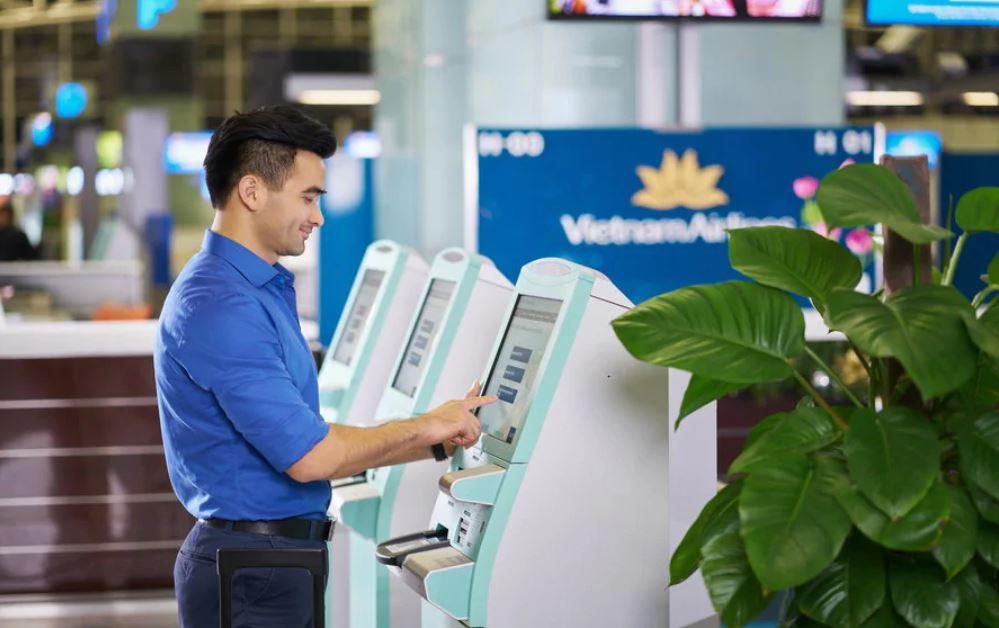 Kiosk check-in tại sân bay
