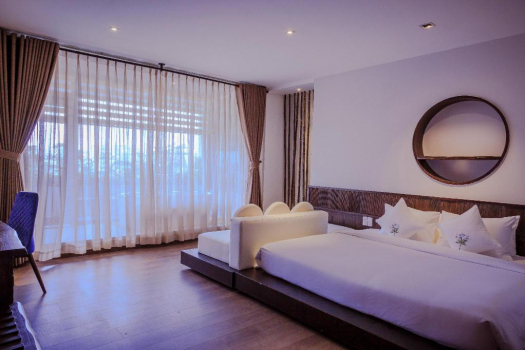 Dynasty Suite Double City View
