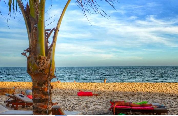 Bãi Biển Riêng