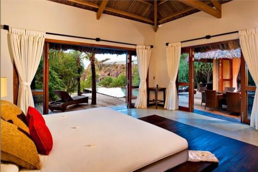 1-Bedroom Beachfront Villa