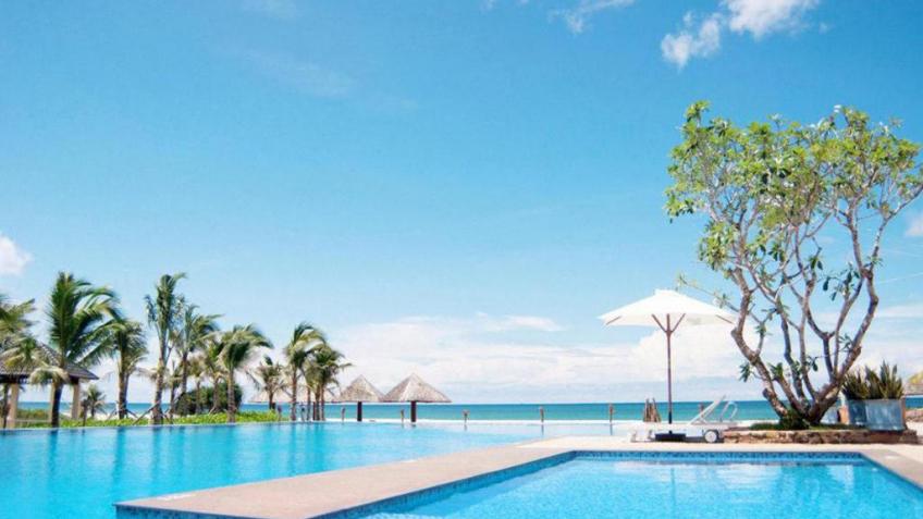 Hồ bơi Eden Resort Phú Quốc