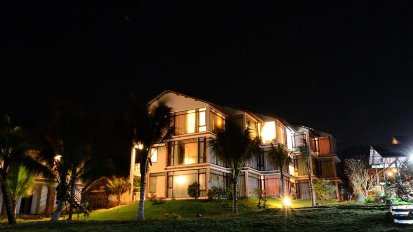 Cảnh Khách Sạn Về Đêm