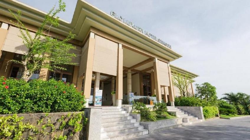 Lối vào FLC Luxury Hotel & Resort Sầm Sơn
