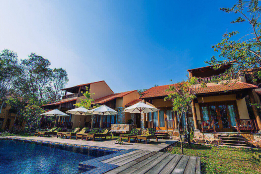BEACHFRONT VILLA WITH SHARING POOL  (3 BEDROOMS)