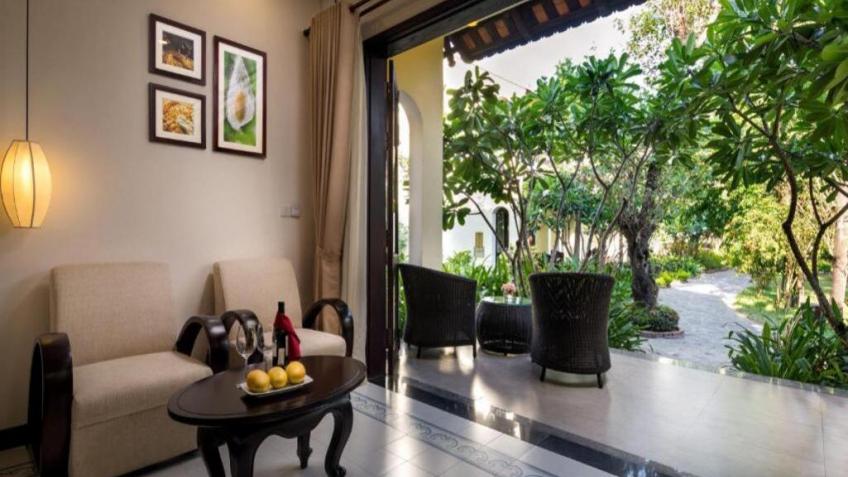 Biệt Thự Suite Charm Nhìn Ra Vườn