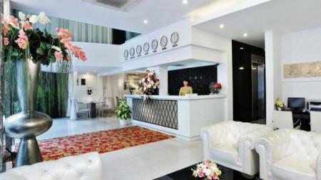 Khách sạn A - Em 8A Thái Văn Lung