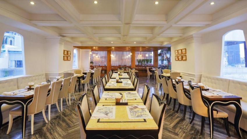 Nhà Hàng Khách Sạn A&Em Sài Gòn