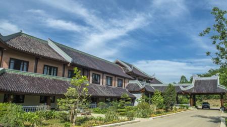 Khách sạn Bái Đính