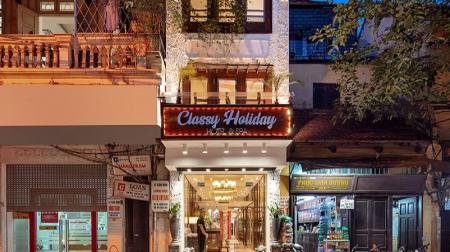 Khách sạn Classy Holiday
