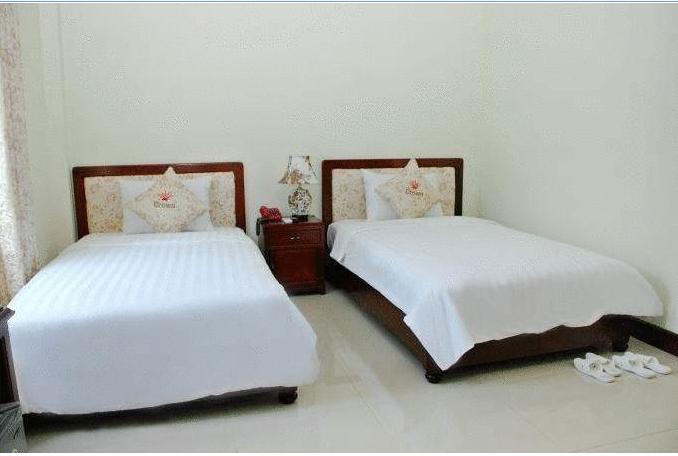 Kết quả hình ảnh cho Khách sạn Crown Huế