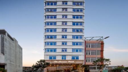 Khách sạn De Lamour Beach Đà Nẵng