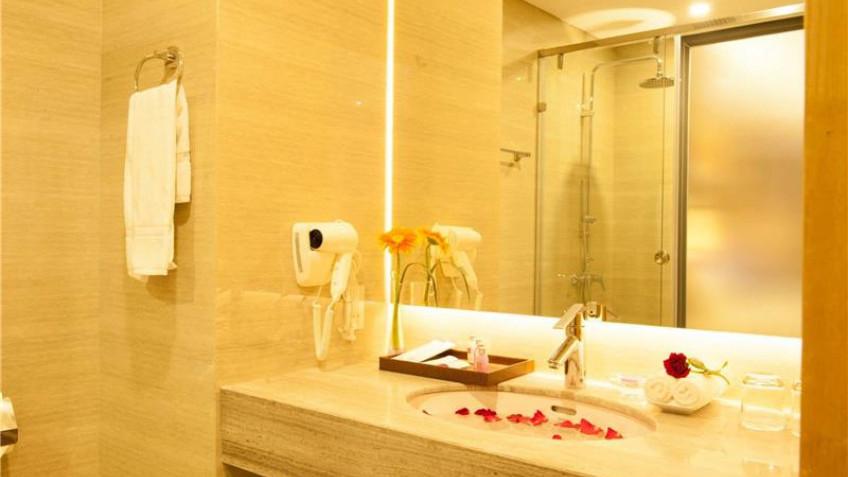 Phòng tắm Khách sạn Iris Cần Thơ