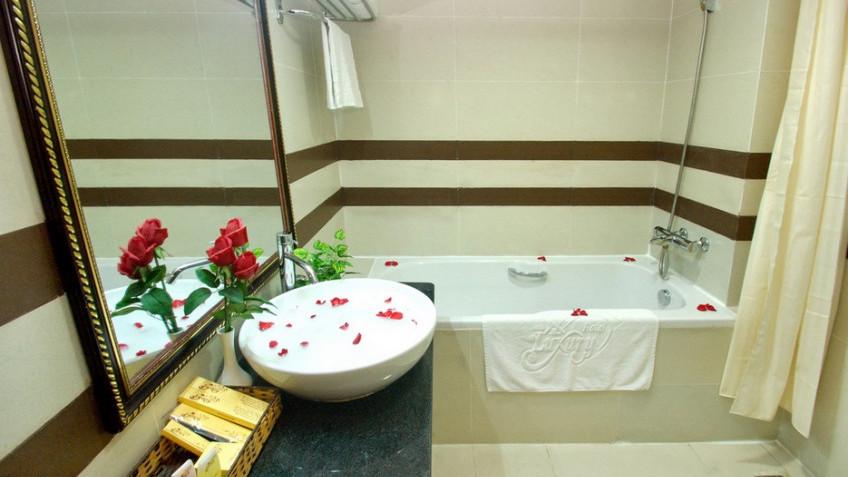 Phòng Tắm Khách Sạn Luxury Nha Trang