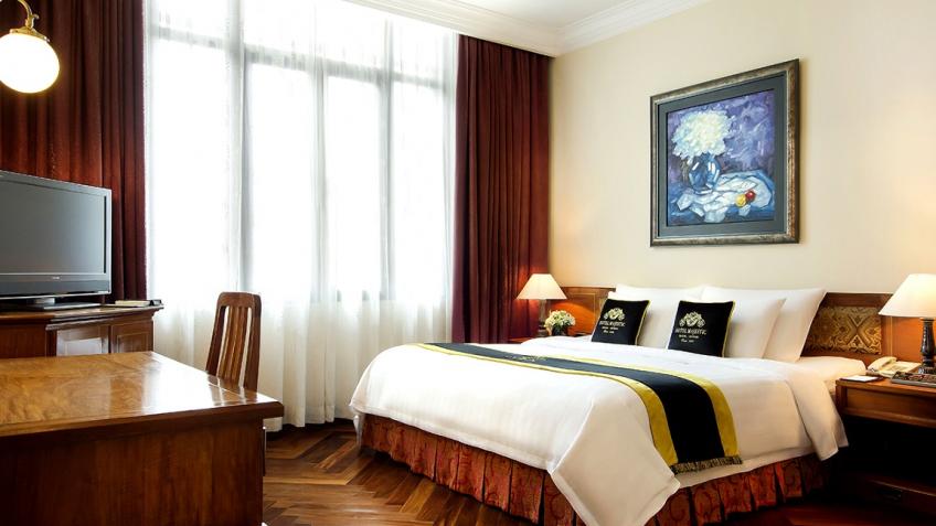 Colonial Suite khách sạn Majestic Sài Gòn