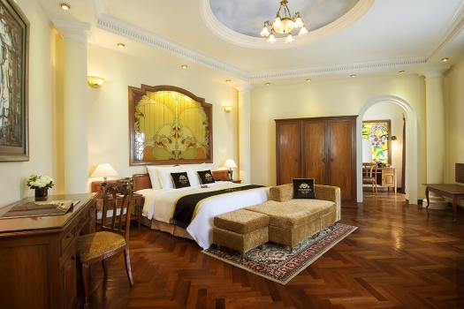 Conlonial Majestic Suite