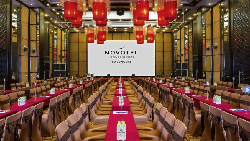 Phòng hội nghị khách sạn Novotel Hạ Long