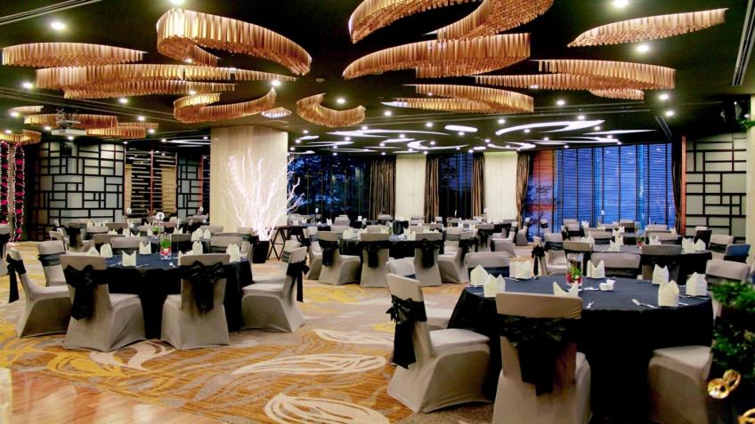 Phòng tiệc khách sạn Novotel Hạ Long