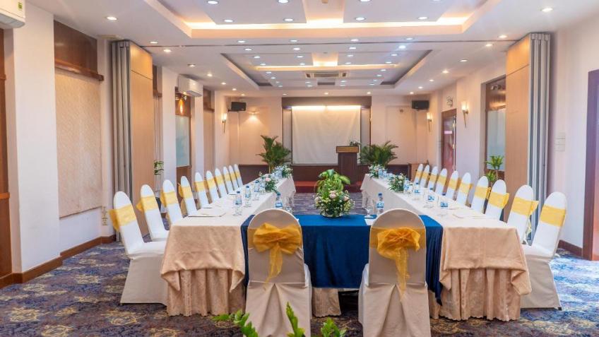 Phòng Meeting Khách sạn Oscar Sài Gòn