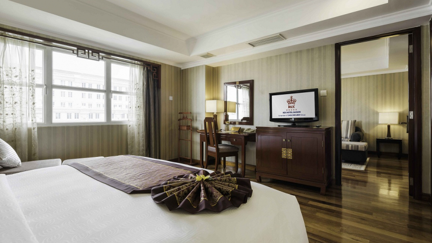 Phòng Executive Governor Suite khách sạn Rex Sài Gòn