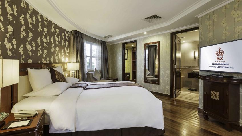 Phòng Executive Suite khách sạn Rex Sài Gòn