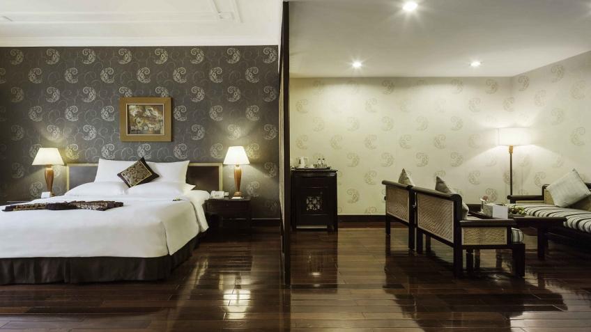 Phòng Rex Suite khách sạn Rex Sài Gòn