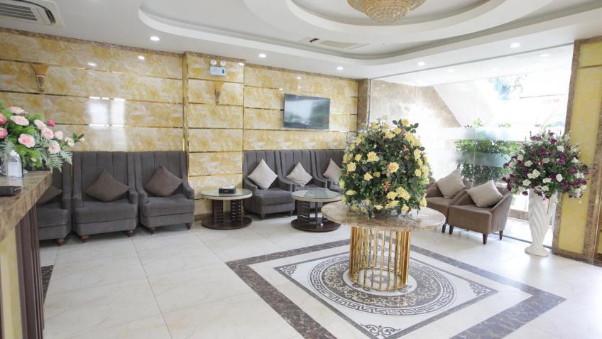 Sảnh Lễ Tân Royal Huy Hotel