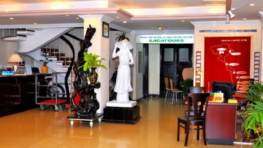 Lễ tân Khách sạn Sài Gòn Cần Thơ