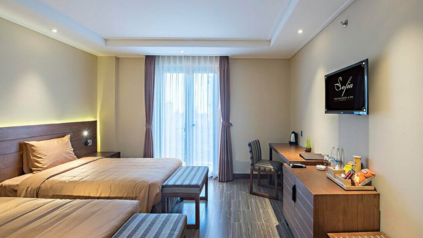 Phong Suites View Th