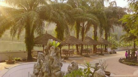 V Star Resort Hòa Bình