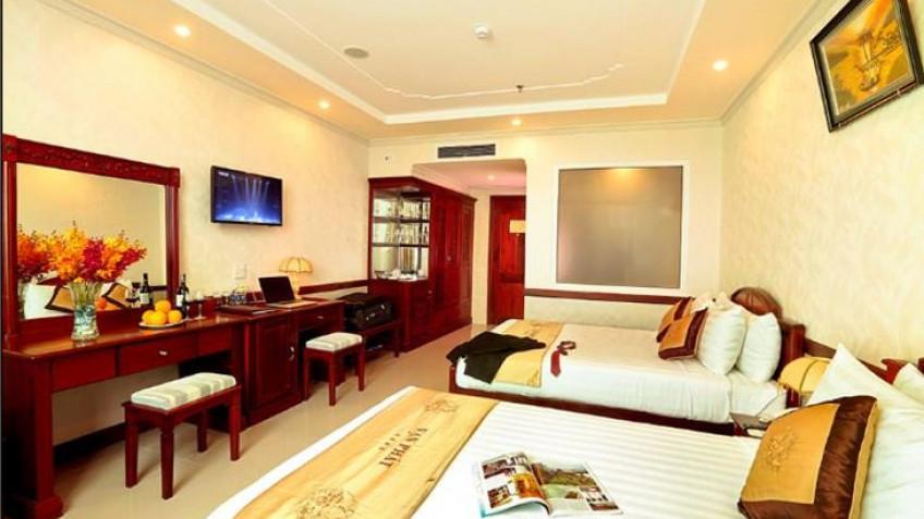 Phòng Deluxe River View Khách sạn Vạn Phát Riverside Cần Thơ