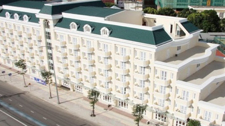Khách sạn Trần Viễn Đông