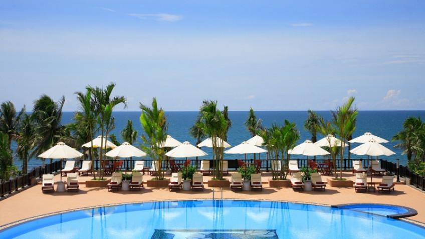 Bể Bơi Lotus Mũi Né Resort & Spa