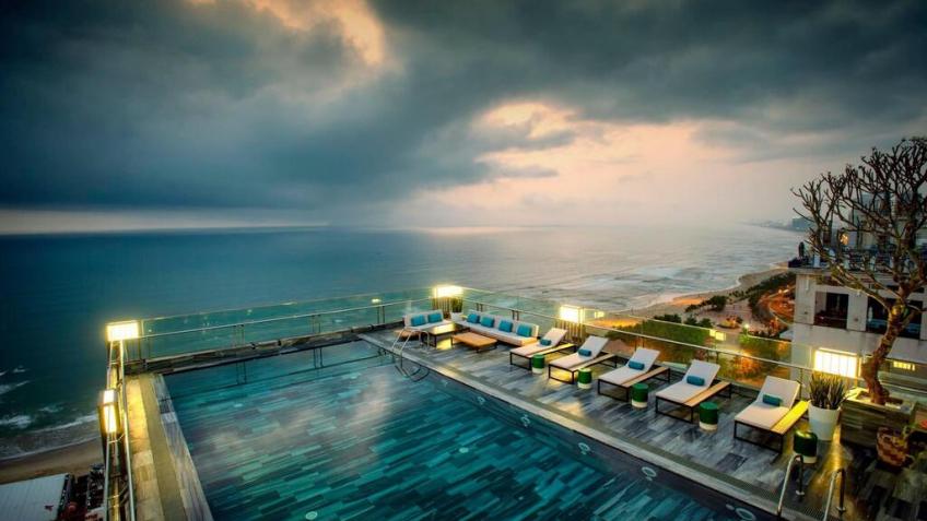 Bể Bơi Minh Toàn Ocean Hotel Đà Nẵng