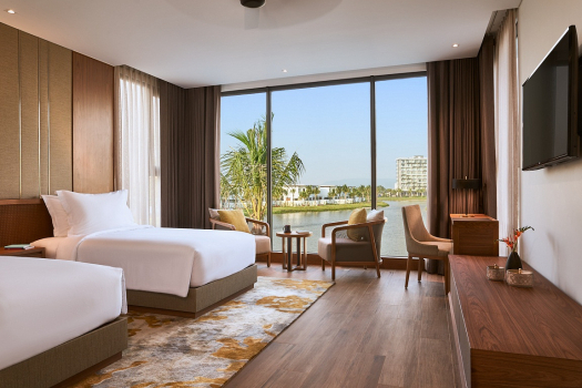 Sea Front Suite Room with Balcony