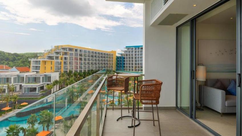 Balcony Premier Residences Phú Quốc