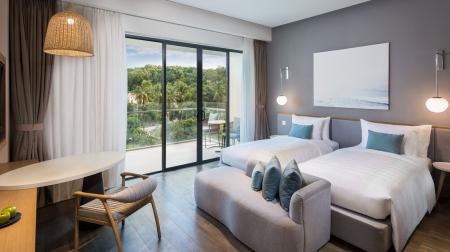 Standard Room (King Bed)
