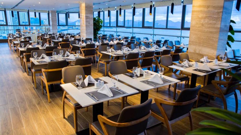 Ocean Queen Restaurant Queen Ann Hotel