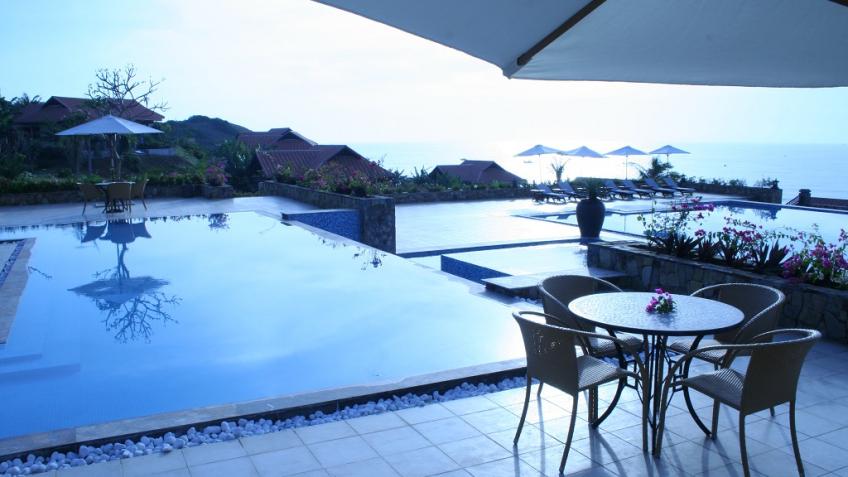 Pool Bar Romana Resort & Spa Phan Thiết