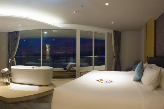 Club Room Ocean View
