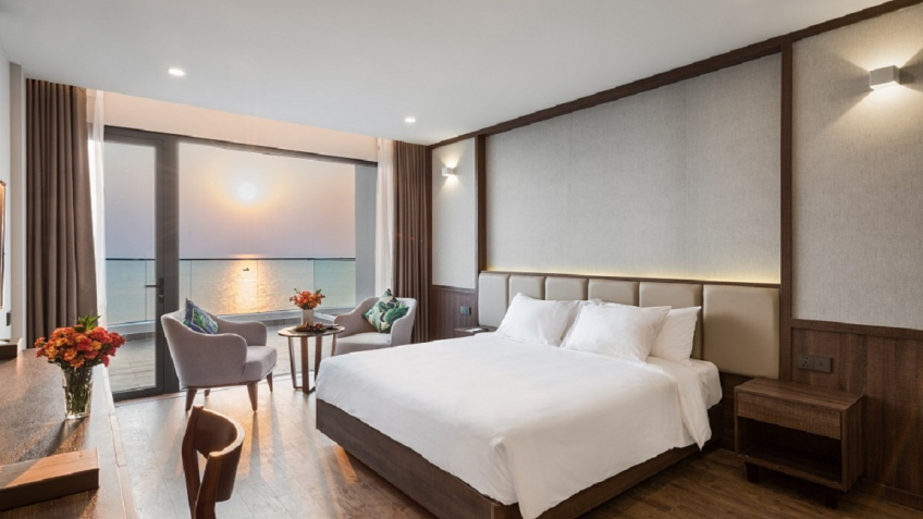 Deluxe Ocean Panorama Sunset Beach Resort & Spa Phú Quốc
