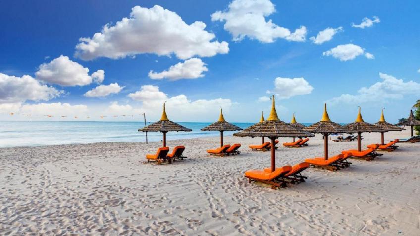 Bãi biên riêng Terracotta Resort & Spa Phan Thiết