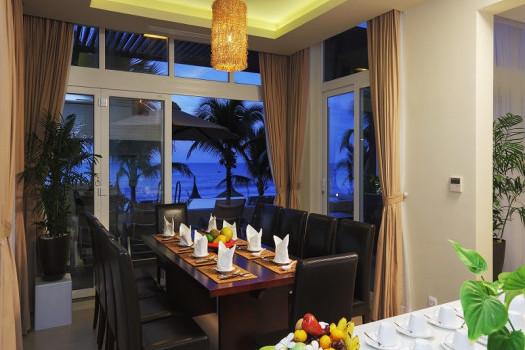 14.Villa Ocean Front 3 bedrooms