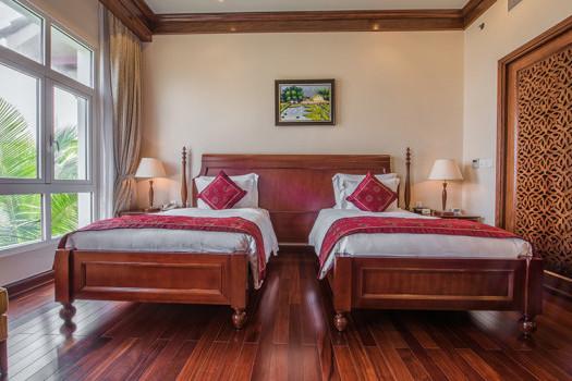 Villas 4 Bedroom ( phòng + ăn ba bữa )
