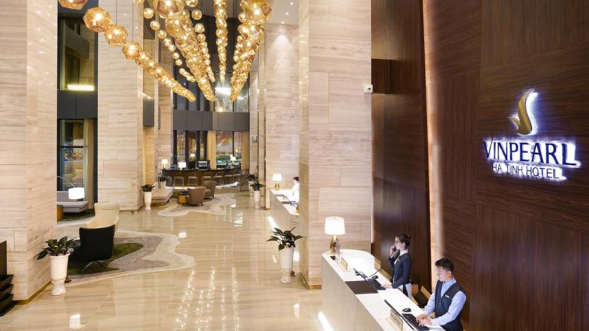 Quầy lễ tân Vinpearl Hotel Hà Tĩnh